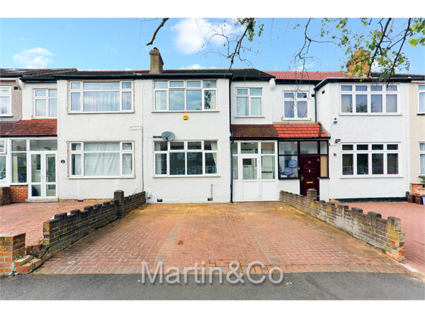 Property & Flats to rent with Martin & Co : Sutton L2L6001-378
