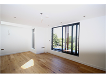 3 Bed Flats And Apartments in Haggerston property L2L6016-467