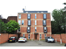 2 Bed Flats And Apartments in Hounslow Heath property L2L6022-607