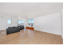 3 Bed Flats And Apartments in Blackwall property L2L605-100