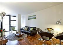 2 Bed Flats And Apartments in Canary Wharf property L2L605-890