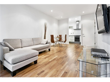 2 Bed Flats And Apartments in Canary Wharf property L2L605-1007