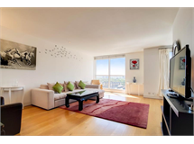 2 Bed Flats And Apartments in Canary Wharf property L2L605-1130