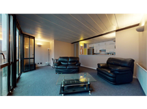 2 Bed Flats And Apartments in Isle Of Dogs property L2L605-1364