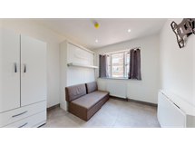 2 Bed Flats And Apartments in Stepney property L2L605-1390