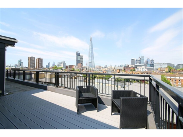 Property & Flats to rent with Martin & Co : London Bridge L2L6052-513