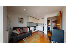 1 Bed Flats And Apartments in Whitechapel property L2L606-657