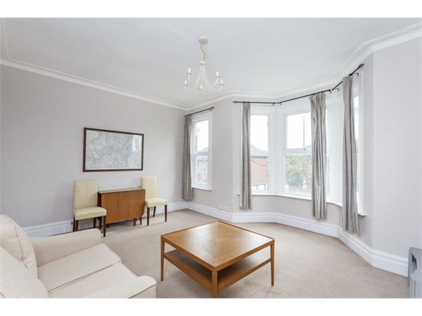 Property & Flats to rent with Martin & Co : Wimbledon L2L6060-504