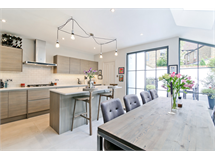 4 Bed House in Balham Hill property L2L6074-443