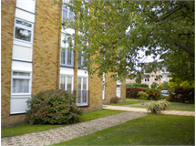 2 Bed Flats And Apartments in Staines property L2L6075-472
