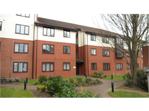 1 Bed Flats And Apartments in Staines property L2L6075-467