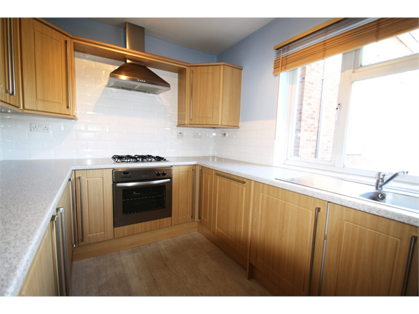 Property & Flats to rent with Martin & Co : Wanstead L2L6083-1318