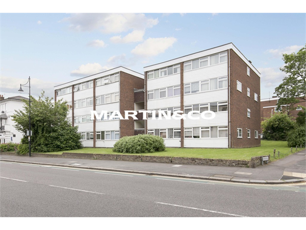 Property & Flats to rent with Martin & Co : Wanstead L2L6083-1050