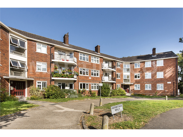 Property & Flats to rent with Martin & Co : Wanstead L2L6083-1307
