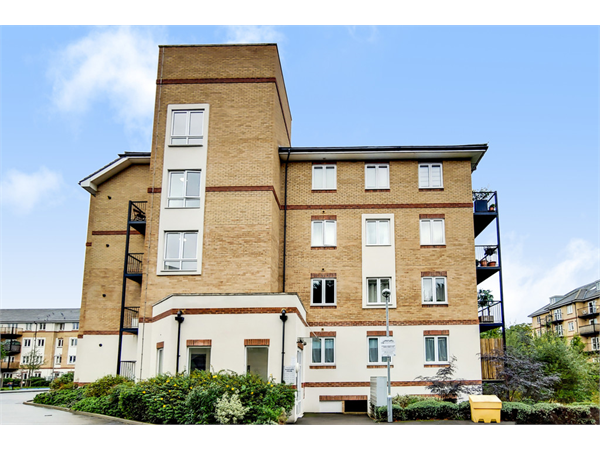 Property & Flats to rent with Martin & Co : Crystal Palace L2L6090-734