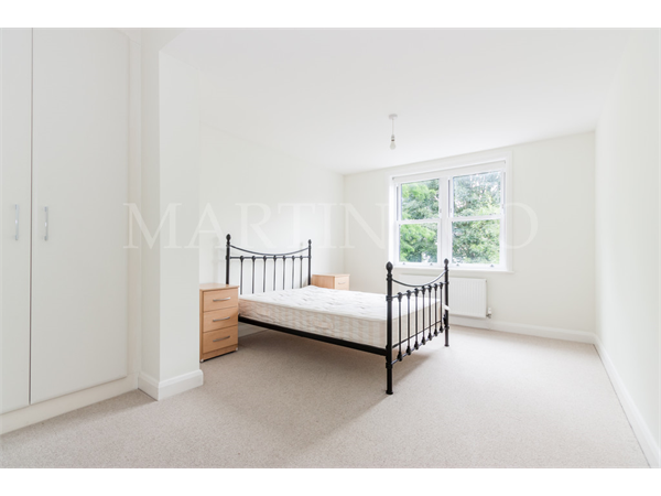 Property & Flats to rent with Martin & Co : Ealing L2L6119-698
