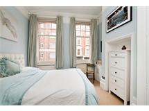 1 Bed Flats And Apartments in Barons Court property L2L6164-229