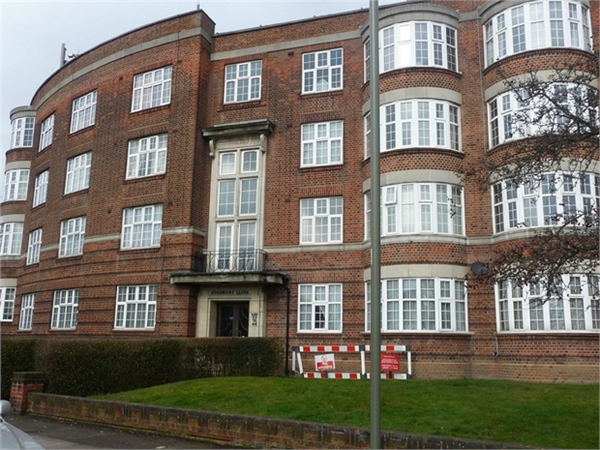 Property & Flats to rent with ABC Estates Ltd (Hendon) L2L619-1794