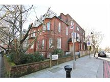 3 Bed Flats And Apartments in West Hampstead property L2L619-1218