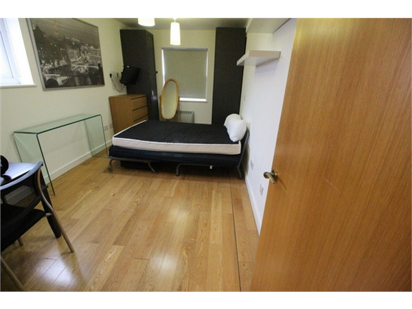 Property & Flats to rent with ABC Estates Ltd (Hendon) L2L619-1329