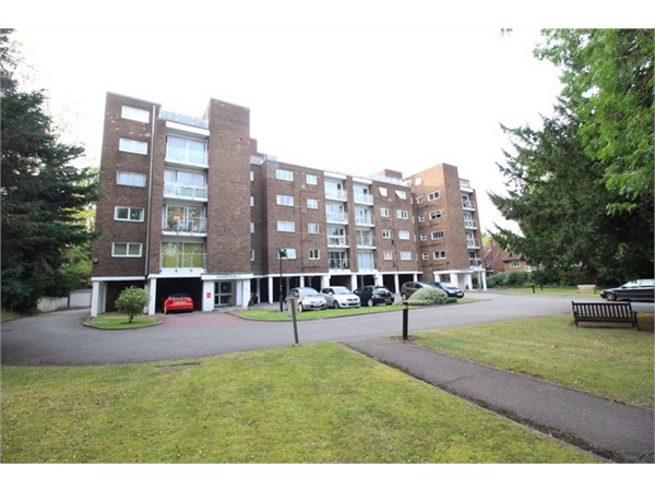Property & Flats to rent with ABC Estates Ltd (Hendon) L2L619-1912