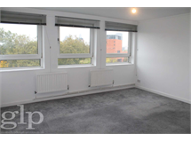 2 Bed Flats And Apartments in Waterloo property L2L62-2082