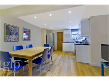 2 Bed Flats And Apartments in Soho property L2L62-1733