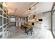 3 Bed Flats And Apartments in Soho property L2L62-1297