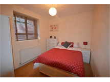 1 Bed Flats And Apartments in Shepherds Bush property L2L621-283