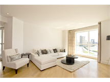 2 Bed Flats And Apartments in Canary Wharf property L2L6222-2112