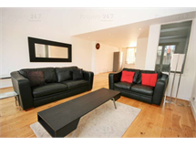 3 Bed House in Limehouse property L2L6222-427