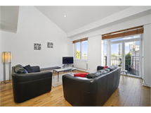 3 Bed House in Limehouse property L2L6222-2135