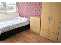 3 Bed Flats And Apartments in Poplar property L2L623-1415