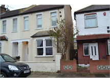 2 Bed Flats And Apartments in Hounslow property L2L667-100