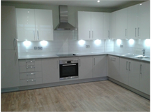 2 Bed Flats And Apartments in Hounslow Heath property L2L667-489