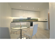 2 Bed Flats And Apartments in Brentford property L2L667-100