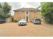 4 Bed House in Sanderstead property L2L6999-369