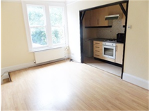 1 Bed Flats And Apartments in Selsdon Parade property L2L70-293