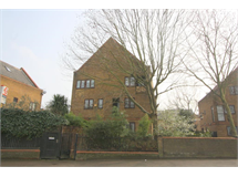 4 Bed House in Surrey Quays property L2L707-762