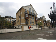 3 Bed Flats And Apartments in Victoria Docks property L2L707-816