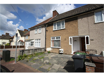 2 Bed House in Becontree Heath property L2L707-840