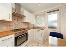 2 Bed Flats And Apartments in Edgwarebury property L2L725-576