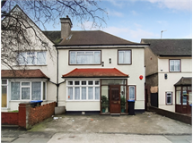 3 Bed House in Monks Park property L2L729-619