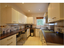 2 Bed Flats And Apartments in Cricklewood property L2L729-101