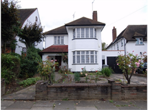 4 Bed House in Northwick Park property L2L730-233