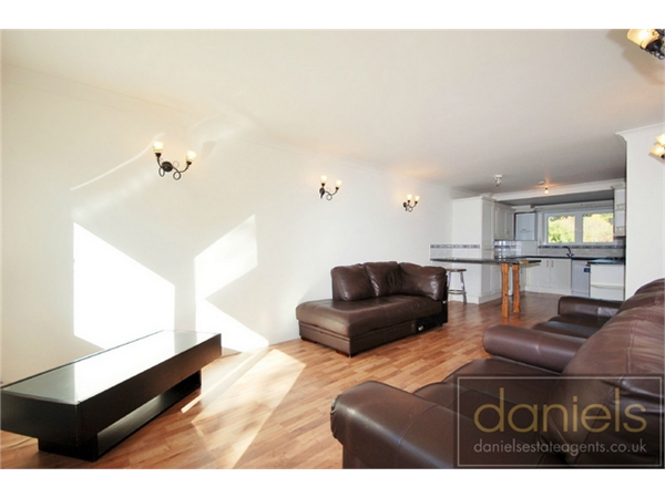 Property & Flats to rent with Daniels Estate Agents (Kensal Rise) L2L731-615
