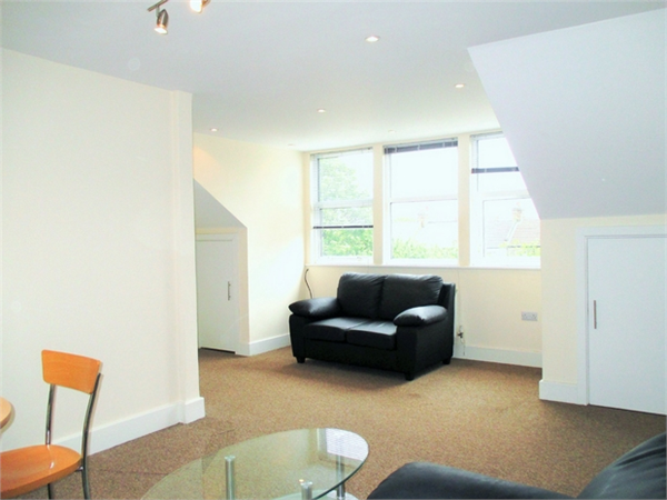 Property & Flats to rent with Daniels Estate Agents (Kensal Rise) L2L731-141