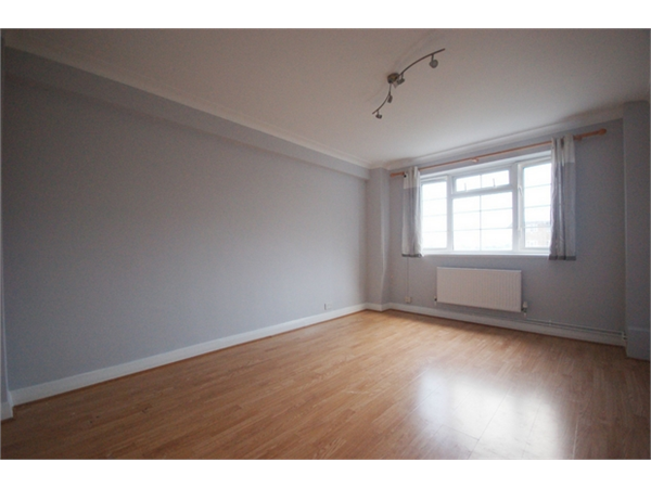 Property & Flats to rent with Daniels Estate Agents (Kensal Rise) L2L731-886
