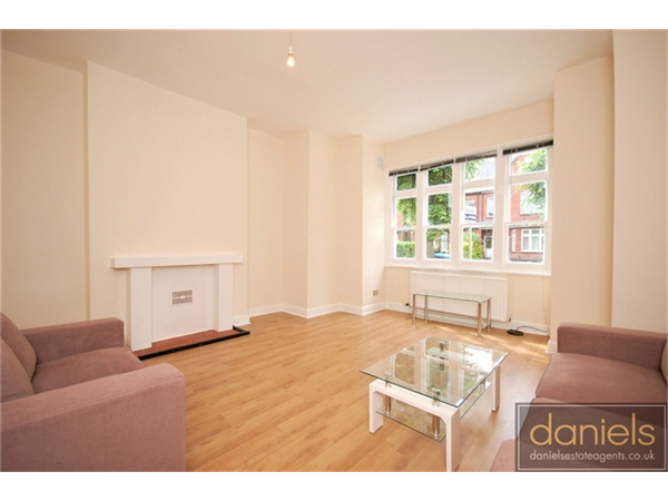 Property & Flats to rent with Daniels Estate Agents (Kensal Rise) L2L731-1240