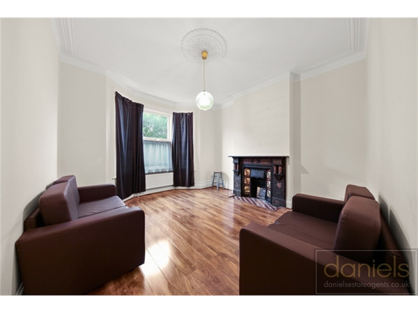 Property & Flats to rent with Daniels Estate Agents (Kensal Rise) L2L731-1428